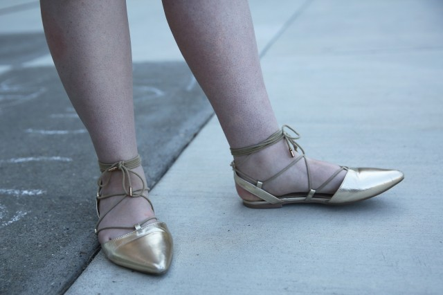 detail_shoes.JPG